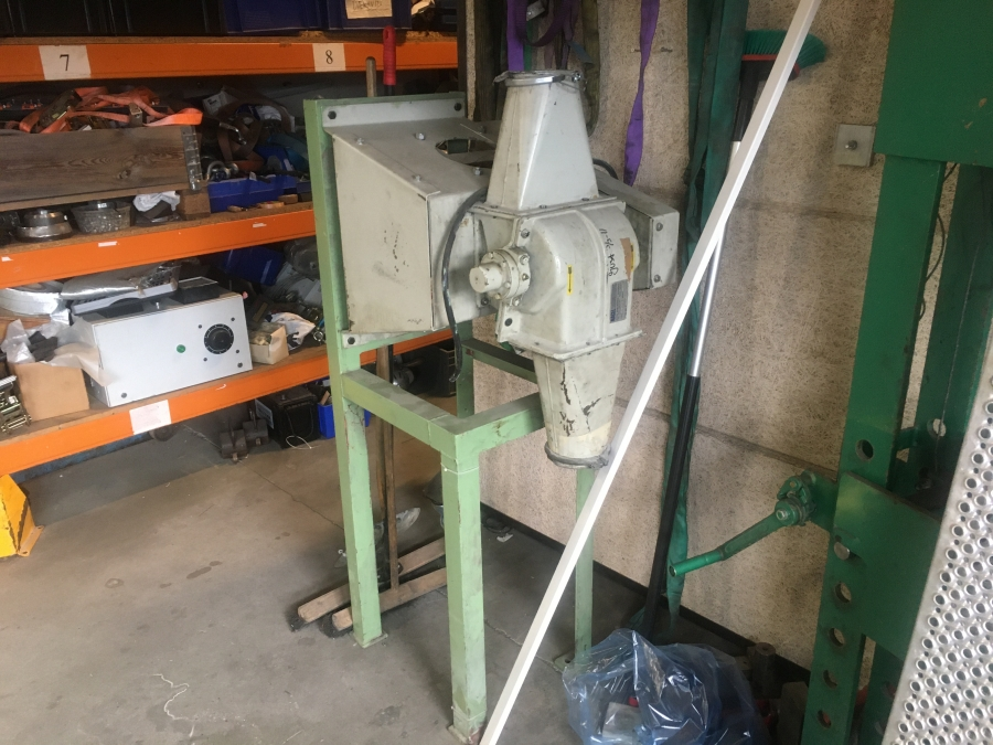 Cutter for trim waste